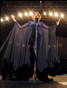 Florence Welch headlines Coachella.... Such a great moment