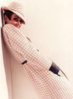 Audrey Hepburn | More Audrey Hepburn lusciousness at http://mylusciouslife.com/photo-galleries/entertainment-books-movies-tv-music-arts-and-culture/
