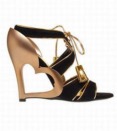 #MarcJacobs  #gorgeous #fashion #style #couture #fashionista #wantit #loveit #stylista #shoes #heels #stilettos #colors #pumps #peeptoe #sandals
