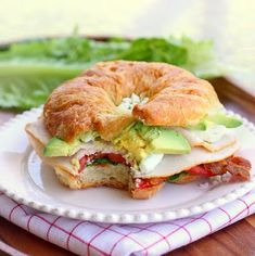 You know how you love those turkey leftover sandwiches? Cobb Salad Sandwich on croissant. Just substitute turkey for chicken. Salad Sandwich, Soup And Sandwich, Croissant Sandwich, Sandwich Ideas, I Love Food, Good Food, Yummy Food, Great Recipes, Favorite Recipes