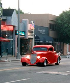 Boyd Coddington  What a glorious sight rolling down the road.