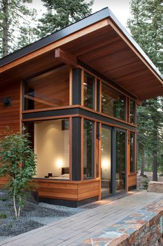 86 Modern Shed Design Looks Luxury to Complement Your Home ? 86 Modern Shed Design Looks Luxury to Complement. Chalet Modern, Small Modern Cabin, Modern Shed, Modern Cabins, Modern Houses, Shed Design, Tiny House Design, Modern House Design, Design Design