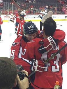Burkie and Wilso hug Caps Hockey, Hockey Teams, Hockey Players, Hockey Baby, Ice Hockey, Washington Capitals Hockey, Tom Wilson, My Boys, Nhl