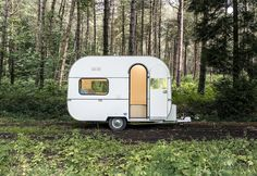 MOSS by Victor Vetterlein, Kantoor Karavaan, self-driving mobile office, mobile office designs, office on wheel designs, #dojowheel by FIVE AM, Ikke en Pind