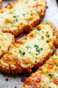 Individual Garlic Cheese Breads (Single Serve RECIPE) - To serve with Creamy Roasted Tomato Soup - Cafe Delites Garlic Cheese Bread, Cheesy Garlic Bread, Homemade Garlic Bread, Homemade Breads, Roasted Tomato Basil Soup, Roasted Tomatoes, Tomato Soup, Bread Recipes, Cooking Recipes