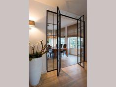 :: Brosens Interieurs :: Interieur van gordijnen tot tapijten