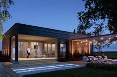 tetto piano casa moderna in kit Honka. Scandinavian Architecture, Minimalist Architecture, Scandinavian Home, Modern Wooden House, Open Living Area, Minimalist Home Decor, Kit Homes, Planer, Building A House