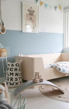 Must-Know Tips To Have The Better-Looking Small Bedroom Decor Children need to be in an environment where they feel like home! So here you have lighting ideas for your kids bedroom! Kids Bedroom Boys, Kids Bedroom Designs, Small Room Bedroom, Blue Bedroom, Trendy Bedroom, Diy Bedroom Decor, Kids Room, Small Rooms, Bedroom Ideas