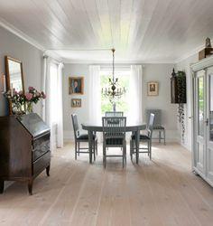 no= Pleasant color palette! Decor, Furniture, Room, Room Design, Interior, Beautiful Room Designs, Decor Design, Dining Bench, Dining Room