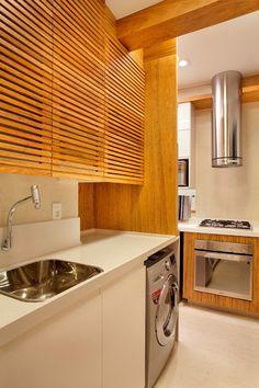 Como montar uma lavanderia pequena no seu apartamento Small Space Living, Small Spaces, Laundry Decor, Laundry Rooms, Toddler Rooms, Sweet Home Alabama, Creative Home, Creative Design, Interiores Design