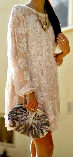 This beaded tunic dress.too pretty for words. Look Fashion, Womens Fashion, Fashion Design, Fashion Shoes, Fashion Clothes, Dress Fashion, Romantic Lace, Glamour, Look Chic