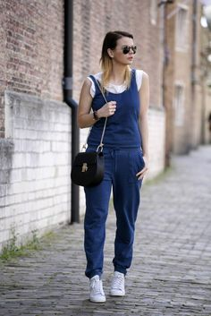 Jumpsuit fashion blogger chloé Drew bag Adidas Stan Smith Sneakers Ray-Ban aviator sunglasses