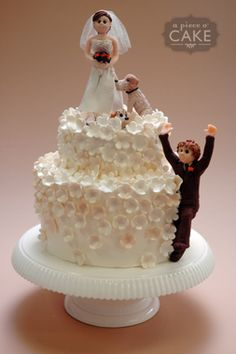Wedding cake with dogs....
