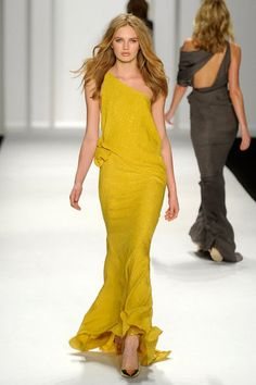 Yes the yellow is pretty, but I look horrid in the color...this is all about the back of that gray J. Mendel gown...yum.