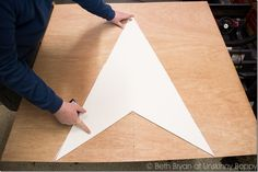 How to DIY a Giant Wooden Star for the Christmas Mantel - Unskinny Boppy