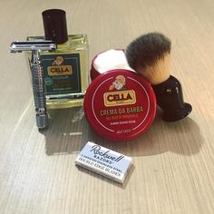 Wet Shaving Experience #rockwellrazors #safetyrazor #r1 #razorblades #shavingbrush #synthetic #cella #shavingcream #almond #aftershave #lotion #aloevera #wetshaving #traditionalshaving #bestproducts #hairmakergr Shaving Brush, Wet Shaving, Shaving Cream, Shaving Products, Safety Razor, Aftershave, Sauce Bottle, Aloe Vera, Lotion