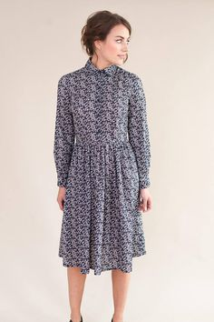Long sleeved floral dress with round collar