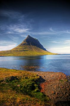 pyramid mountain of kirkjufell, Western Iceland