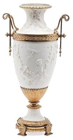 A biscuit French big vase Sèvres type with gold-plated bronz Flower Vase Design, Flower Vases, Porcelain Vase, Ceramic Vase, Fine Porcelain, Manufacture De Sevres, Design Candle Holders, Objets Antiques, Old Vases