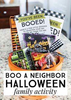 Grab your favorite treats and get ready to surprise friends and neighbors with t Boo Halloween, Halloween Mignon, Halloween Teacher Gifts, Halloween Gift Baskets, Halloween Season, Holidays Halloween, Family Halloween, Happy Halloween, Halloween Activities