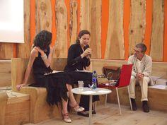 http://www.resilienzaitaliana.org/blog/2014/07/04/1026/ Intervento di Ilaria Bignotti e Silvia Casagrande sul tema dell' Abito da lavoro dal codice alla negazione. Dal superego al grado zero durante il Convegno Inusuale Tam Tam che si è svolto giovedì 3 luglio al Teatro Agorà di Milano.