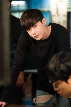 Lee jong suk - W two worlds drama ♥♥ Suwon, W Two Worlds Wallpaper, Kpop, W Korean Drama, Lee Jong Suk Wallpaper, Lee Jong Suk Cute, Kang Chul, Chan Lee, Han Hyo Joo