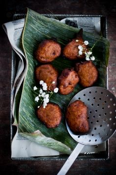 Cekodok Pisang {Banana Fritters} | KiranTarun.com @Kiran Srivastava