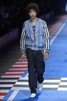 0fc80bc6 Male Fashion Trends: Tommy Hilfiger Spring-Summer 2018 - Milan Fashion Week Tommy  Hilfiger
