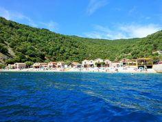 Nice beach next to village of Beli on Cres Island, Croatia / Kiva ranta Belin kylän vieressä Cresin saarella Kroatiassa #Kroatia #Cres #Beli #Ranta