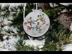 Decoupage Tutorial - Acrylic Medallion with Stand - DIY Tutorial