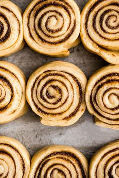 The Best Homemade Cinnamon Rolls Recipe EVER! These gooey cinnamon rolls are even better than cinnabon cinnamon rolls, and are easy to make! Cinnabon Cinnamon Rolls, Best Cinnamon Rolls, Pillsbury Sugar Cookies, Sugar Cookies Recipe, Easy Cookie Recipes, Dessert Recipes, Dessert Ideas, Easy Desserts, Bread Recipes