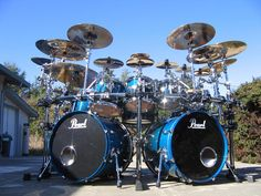 Pearl Masters double bass kit - sapphire blue sparkle
