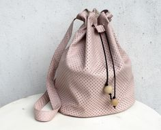 Groovybaby....and mama: Faux Leather Bucket Bag