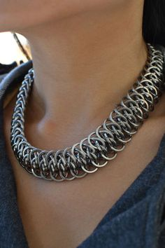 Necklace | Twin Soul Chainmaille Designs.  'Viperscale weave' with square wire rings