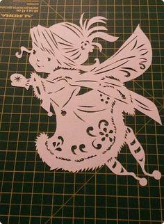 Paper Art, Paper Crafts, Cricut Stencils, Art N Craft, Glass Blocks, Silhouette Vector, Kirigami, Picture Design, Paper Cutting