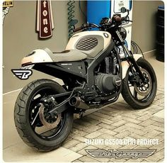 Check out just a few of my preferred builds - unique scrambler concepts like this Gs500 Cafe Racer, Cafe Racer Moto, Suzuki Cafe Racer, Cafe Racer Bikes, Ducati Scrambler, Scrambler Motorcycle, Honda Cb, Honda Civic, Old Bikes