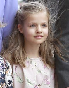 Tras la coronación de su padre, Felipe de Borbón, la infanta Leonor será la…