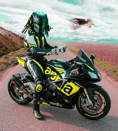 Who liked the predator movies? :P This picture i already have published i played a little with photoshop. try to find the original picture on my page and let me know! Moto Bike, Motorcycle Bike, Supercars, Ninja Bike, Ktm, Yamaha R6, Ducati 1199 Panigale, Predator Movie, Harley D