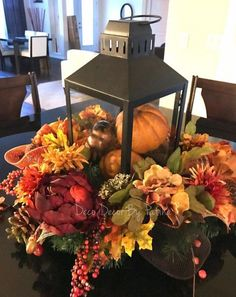 Inspiring Thanksgiving Centerpieces Table Decorations in This Fall - thanksgiving decorations diy Fall Table Centerpieces, Thanksgiving Centerpieces, Centerpiece Decorations, Halloween Centerpieces, Flower Centerpieces, Fall Lanterns, Lanterns Decor, White Lanterns, Cage Deco