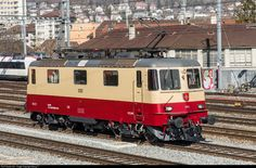 High quality photograph of IRSI (International Rolling Stock Investment Gmbh, Frauenfeld) Re 421 # 421 393 at Biel, Switzerland. Location Map, Photo Location, Swiss Railways, Rolling Stock, Paint Schemes, Bordeaux, Switzerland, Investing, Germany