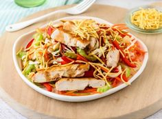 Serve This Vietnamese Crunchy Chicken Salad At Your Next Barbecue - Vietnamese recipes chicken - Healthy Mummy Recipes, Asian Recipes, Vietnamese Recipes, Healthy Dinners, Diabetic Recipes, Quick Meals, Healthy Cooking, Healthy Eating, Vegetarian Cooking