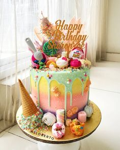 28 ideas birthday cake decorating women recipe for 2019 Candy Birthday Cakes, 18th Birthday Cake, Birthday Cake Girls, Colorful Birthday Cake, Custom Birthday Cakes, Crazy Cakes, Bolo Cake, Birthday Cake Decorating, Colorful Cakes