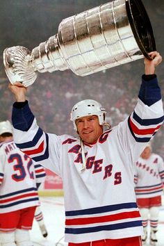 The Stanley Cup and Mark Messier: Bass-Ass & Rangers Hockey, Ice Hockey Teams, Hockey Players, Hockey Stuff, Lord Stanley Cup, Mark Messier, Captain Fantastic, Pilates Studio, Win Or Lose