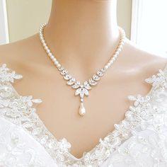 Wedding Back Necklace Set, Bridal Necklace Pearl, Crystal Backdrop Necklace, Back Drop Necklace, Wed Pearl Necklace Wedding, Bridal Necklace, Drop Necklace, Simple Necklace, Pearl Jewelry, Beaded Jewelry, Jewelery, Wedding Jewelry Sets, Bridal Jewelry