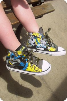 These are Lux's converse. I WANT SOME FOR MYSELF!!! D: SOMEONE BUY ME SOME AND SHIP THEM TO ME PLEASEEEE!>>>she gets the sexy uncles and the shoes! We cant win.