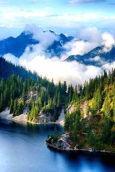 Snoqualmie River,Washington