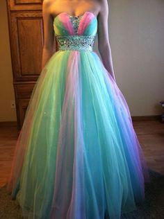 Vestido  De tul, en arcoiris Pastel.