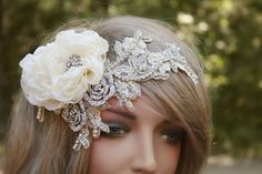 Wedding Headband Rhinestone Headband Wedding Hair by FancieStrands Vintage Bridal Bouquet, Bridal Flowers, Rhinestone Wedding, Rhinestone Headband, Crystal Headband, Wedding Headband, Gatsby Headband, Diy Headband, Headbands