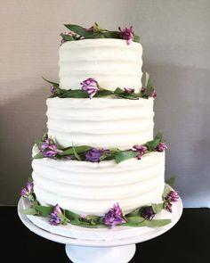 Willow Wedding Cake 2017