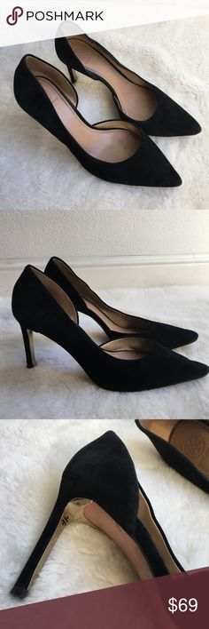 Tory Burch Black Suede Dorsey Stilettos size 10 Preowned Authentic Tory Burch Black Suede Dorsey Stilettos size 10. Sexy gold logo design under each heel. Signs of loving wear from normal regular showing off ! 😉 Please look at pictures for better reference. Happy shopping!! Tory Burch Shoes Heels